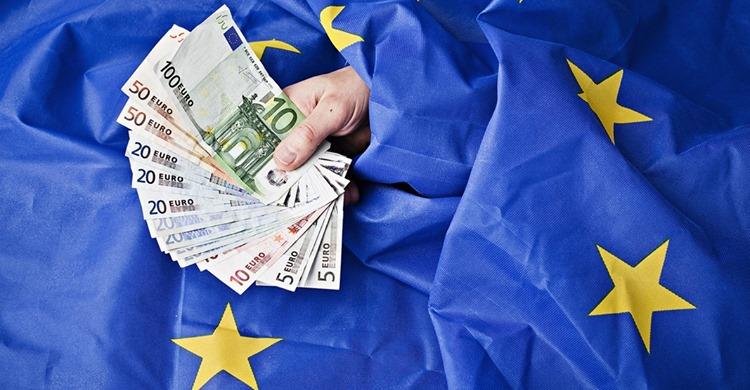 Kaum zu fassen: EU-Länder verticken Pässe an Immobilienkäufer!